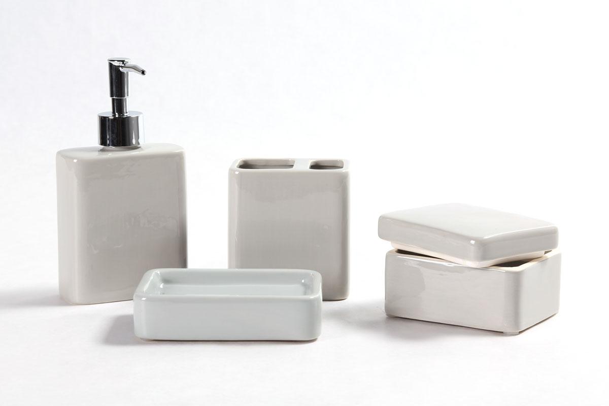 Accessoires de salle de bain for Accessoire rangement salle de bain